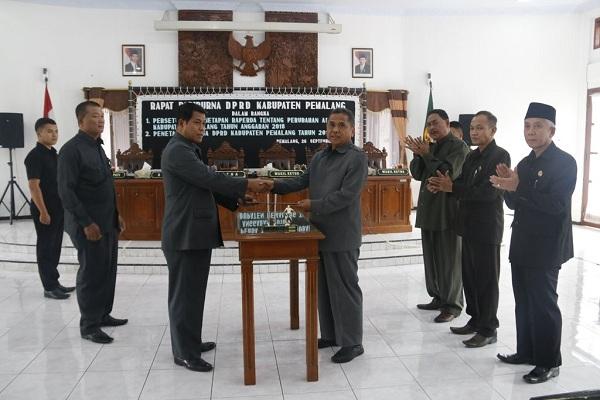 Penetapan Raperda Perubahan APBD 2018