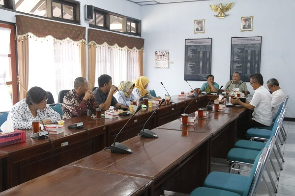 Kunj DPRD Semarang