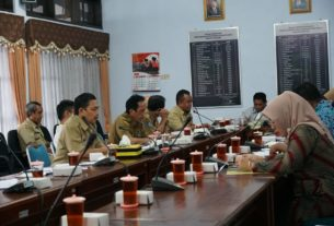 Rapat Komisi D